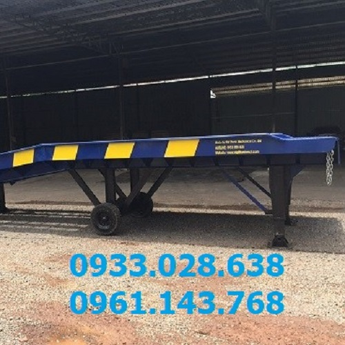 Container Forklift Loading Ramps, Yard Ramp,  Slopes and Inclines